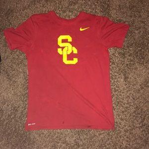 Nike -college t-shirt